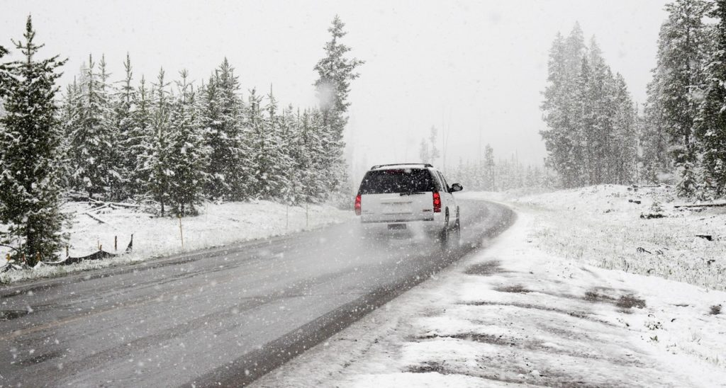 Collision Shop in Metro Detroit Gives Driving Tips for Winter Weather